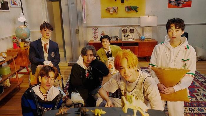 EXO Comeback, Yuk Intip Transformasinya Sejak Album Pertama