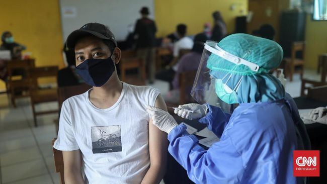 Situs Jakarta Terkini (Jaki) menawarkan informasi status vaksinasi Covid-19 sekaligus tersambung ke Peduli Lindungi untuk akses sertifikat vaksin.