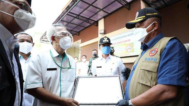Ketua Satgas Penanganan Covid-19 Ganip Warsito meminta RSUD Lukmonohadi Kudus membenahi manajemen penanganan pasien Covid-19 sesuai prosedur kekarantinaan.