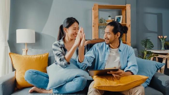 Penting! 5 Hal yang Tak Boleh Disembunyikan dari Pasangan
