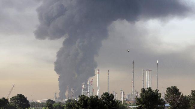 Pertamina menyatakan kebakaran yang terjadi di area pertangkian 39 Kilang Pertamina Refinery Unit IV Cilacap berhasil dipadamkan pada Minggu (13/6).