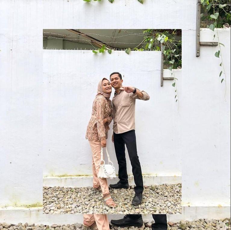 Mantan kekasih Nadya Mustika sempat dikira jadi korban tikung Rizky DA, namun kini ia telah berbahagia. Yuk kita intip potretnya!