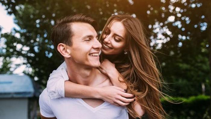 Punya Pacar Aries? Begini 5 Tips Mudah Agar Hubunganmu Tetap Langgeng