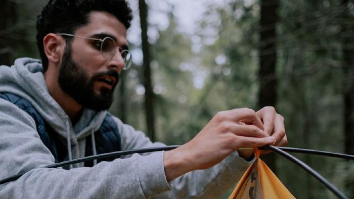5 Peralatan Camping yang Wajib Dibawa Saat Mendaki