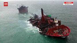VIDEO: Dampak Kapal Terbakar, Laut Sri Lanka Mulai Tercemar