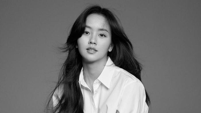 Baru Ulang Tahun ke-22, Intip Perjalanan Karier Kim So Hyun dari Kecil hingga Sekarang