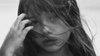 <p>Kirana juga memiliki wajah blasteran yang menawan sejak kecil, Bunda. Tak heran, banyak fans Anggun yang memuji kecantikan putri tunggalnya tersebut di kolom komentar akun Instagram. (Foto: Instagram @anggun_cipta)</p>