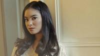 <p>Perkenalkan, Bunda, gadis cantik ini adalah Syandria Kameron, salah satu cicit Presiden ke-1 RI Soekarno. (Foto: Instagram @syandria)</p>