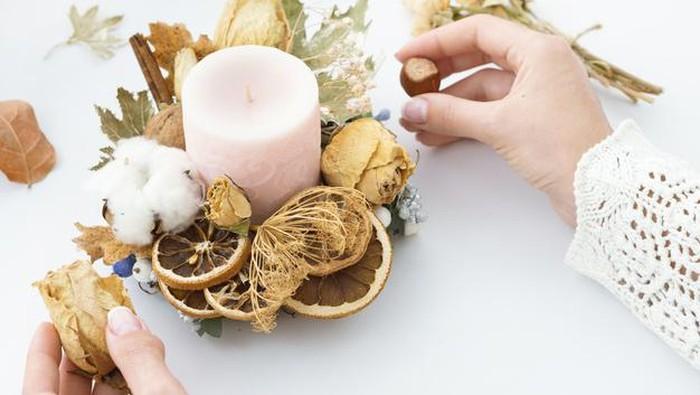 Bukan Cuma Wangi, Ini 5 Manfaat Lilin Aroma Terapi