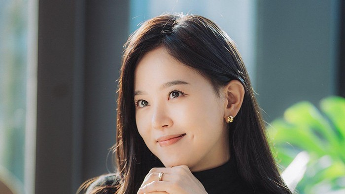 6 Potret Cantik Kang Han Na, Pemain Drakor 'My Roommate is a Gumiho'