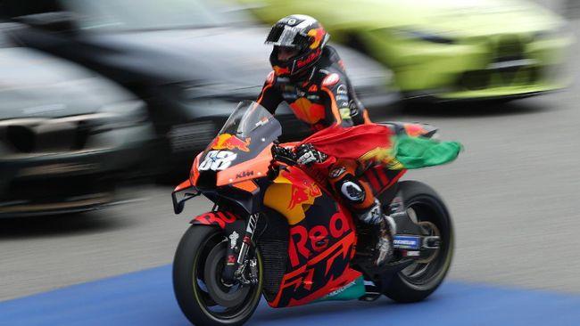 Balapan MotoGP Catalunya 2021 telah dimenangkan oleh Miguel Oliveira. Berikut fakta menarik usai balapan tersebut.