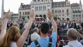 Ribuan Orang di Hungaria Protes Pembangunan Universitas China