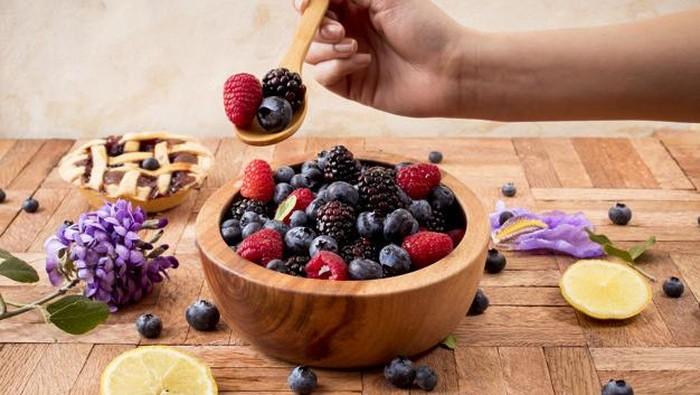 6 Jenis Buah Berry yang Memiliki Khasiat Baik untuk Kesehatan