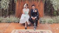 <p>Pesepakbola Alfath Fathier resmi menikahi Nadia Christina pada Minggu, 6 Juni 2021. Bek Persija itu telah menyelesaikan drama tes DNA dengan sang mantan istri, Ratu Rizky Nabila. (Foto: Instagram: @__nadiachristina)</p>