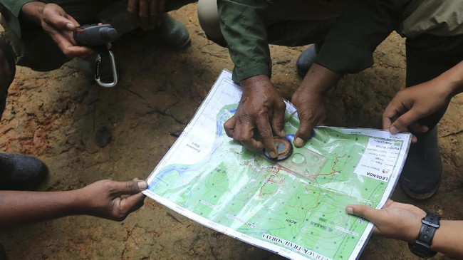 Seluas 2,6 juta hektare, Kawasan Ekosistem Leuser dijaga oleh sejumlah ranger (jagawana) yang tulus berbakti.