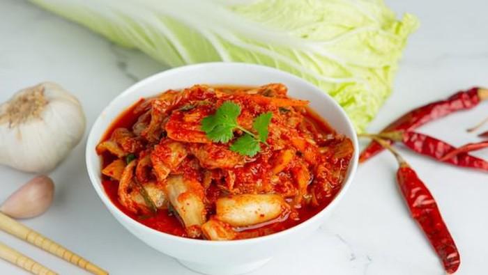 6 Makanan Sehat Terbaik untuk Mengatasi Stres, Ada Kimchi!