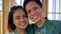 <p>Si bungsu Mieke Namira kini berusia 15 tahun. Mieke juga kerap menghabiskan waktu bersama ayahnya. (Foto: Instagram @gilangramadhan.drummer/ @shahnaz.haque)</p>