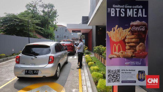 ARMY atau fans dari BTS galang donasi untuk membantu driver Ojol dalam rangka perilisan menu kolaborasi BTS Meal di McDonald's.