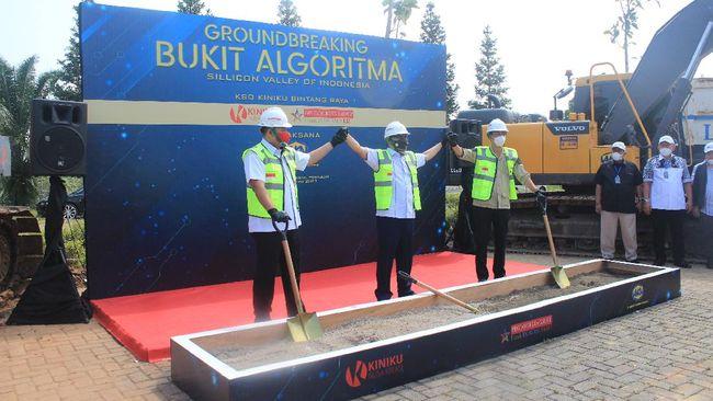 Budiman Sudjatmiko dan anak buah Prabowo, Fauka Noor Farid hadiri pencanangan Proyek Bukit Algoritma Rabu (9/6). Proyek digadang jadi Silicon Valley-nya RI.