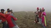 Provinsi Gansu, China, terlihat seperti kawasan gersang. Tapi di sini ada banyak bangunan bersejarah dan wisata alam yang unik.