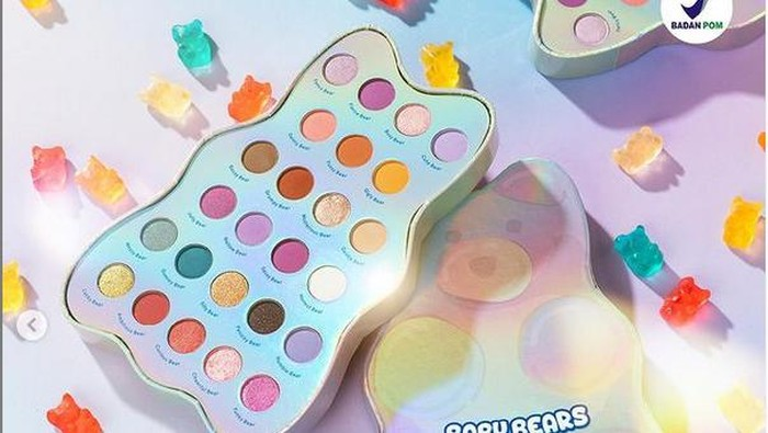 Dear Me Beauty x Yupi, Koleksi Eye Shadow Super Gemas yang Cepat Banget Sold Out!