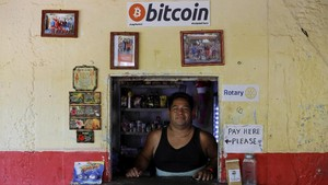 FOTO: El Salvador Pakai Bitcoin Jadi Alat Pembayaran Sah