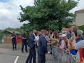 VIDEO: Macron Tak Kapok Kunjungi Warga usai Insiden Ditampar