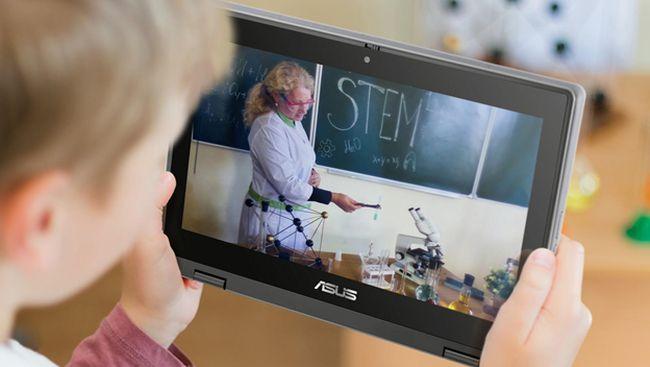 Asus BR1100 diklaim punya spesifikasi khusus untuk anak yang mendukung pembelajaran jarak jauh.