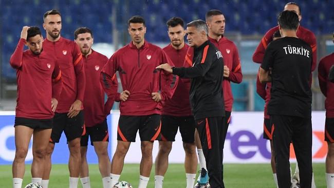 Timnas Turki dan Italia sudah melakukan persiapan terakhir jelang bertemu pada laga pembuka Piala Eropa UEFA Euro 2020 (Euro 2021).