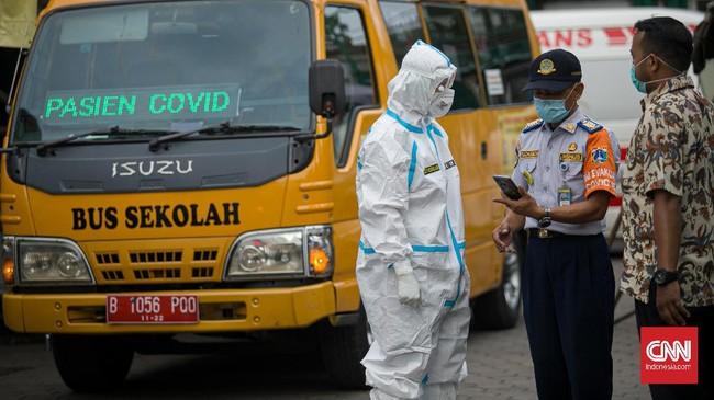 Kasus Covid-19 di Jakarta kembali meledak pascalibur lebaran 2021, di mana setidaknya sudah 800 klaster ditemukan dengan riwayat perjalanan luar kota.