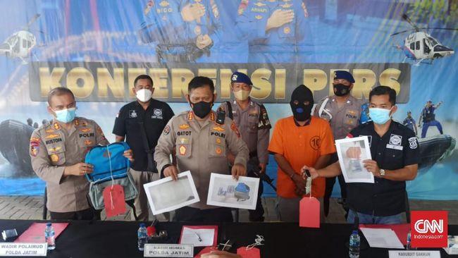 Ditpolairud Polda Jatim mengungkap kejahatan penyelundupan ribuan benih lobster (benur) yang dilakukan seorang warga Wonogiri.