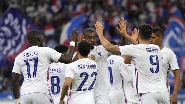 Berikut meme lucu yang beredar seiring keributan yang terjadi antara Kylian Mbappe dan Olivier Giroud jelang Euro 2020 (Euro 2021).