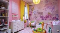<p>Kartika Putri dan Usman bin Yahya dikaruniai putri kecil bernama Khalisa Aghnia Bahira. Di rumahnya, ada satu kamar khusus bernuansa serba pinkyang dimaksudkan sebagai kamarKhalisa, Bunda. (Foto: YouTube Kartika Putri Official)</p>