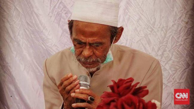 KH Nawawi yang menjadi salah satu mustasyar PBNU dan pengasuh Pesantren Sidogiri di Pasuruan, Jawa Timur meninggal dunia Minggu (13/6).