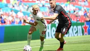Euro 2020: Penonton Jatuh dari Tribune di Inggris vs Kroasia