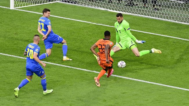 Laga Belanda vs Ukraina di Stadion Amsterdam, sejauh ini menjadi pertandingan paling menghibur di Euro 2020 (Euro 2021).