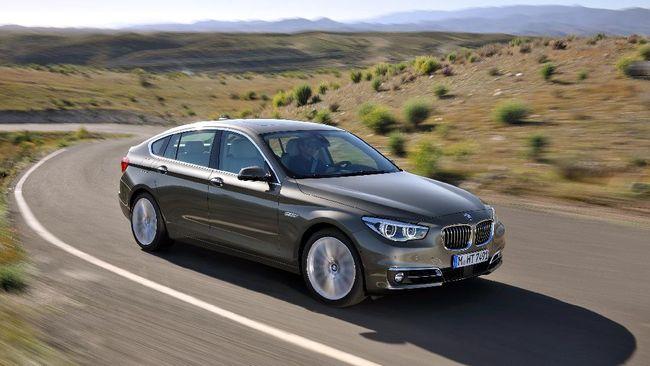 Pihak penggugat, Yusman, menjelaskan BMW 535i Gran Turimo 2011 milikya mengandung catat tersembunyi.