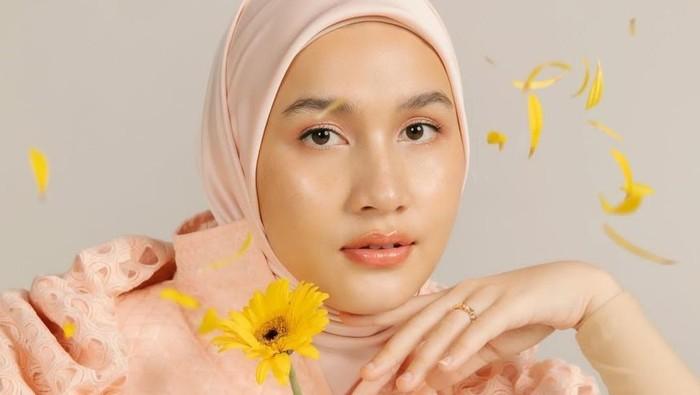 Intip Kolaborasi Anyar The Aesthetics Skin X Dwihanda, Face Essence dengan Kebaikan Calendula