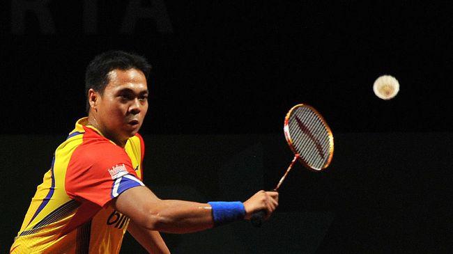 Peraih medali emas Olimpiade 2008, Markis Kido, meninggal saat sedang bermain bulutangkis di gelanggang olahraga di Tangerang.