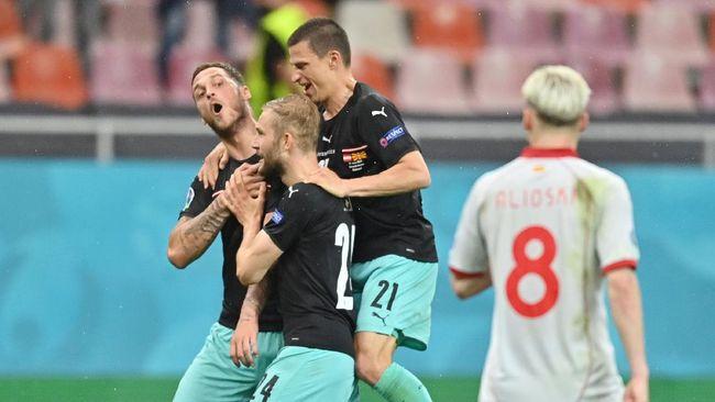Penyerang timnas Austria, Marko Arnautovic, disanksi karena berlaku rasial di Euro 2020 (Euro 2021).