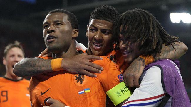 Belanda menang dramatis 3-2 atas Ukraina dalam laga Grup C Euro 2020 (Euro 2021) di Stadion Johan Cruyff Arena, Senin (14/6) dini hari waktu Indonesia.