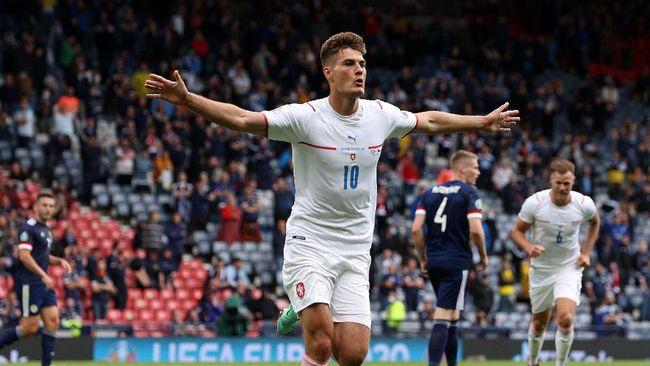 Ceko berhasil mengalahkan Skotlandia 2-0 dalam laga penyisihan Grup D pada Euro 2020 di Stadion Hampden Park, Senin (14/6).