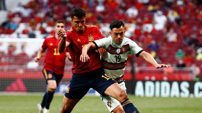 Timnas Spanyol akan menghadapi timnas Swedia di pertandingan perdana grup E Euro 2020 (Euro 2021). Berikut prediksi laga tersebut.