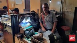 Rawa Bening dan Para Tukang Gosok Batu Akik Tanpa Pelanggan