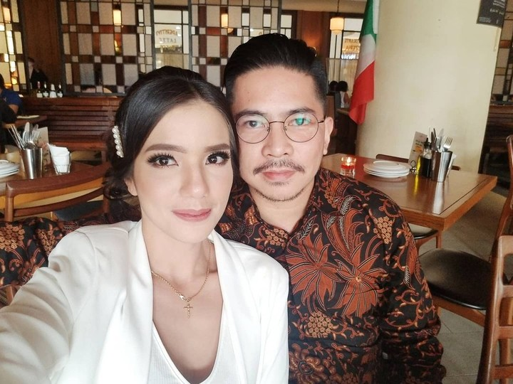 Sheila Marcia dan Suami