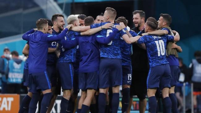 Klasemen Grup E Euro 2020: Slovakia Lewati Spanyol