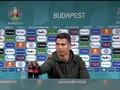 VIDEO: Detik-detik Ronaldo Singkirkan Botol Coca-cola di Euro