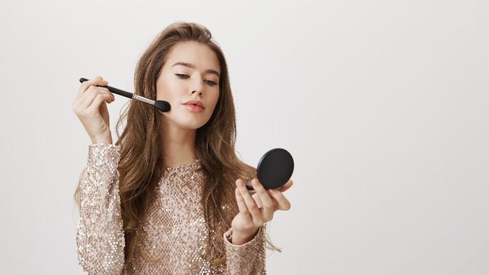 5 Rekomendasi Produk Makeup Jadul yang Aman dan Terdaftar BPOM, Mulai 7 Ribuan Saja!