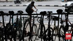 FOTO: Banting Harga Sepeda Impor Efek Kelebihan Pasokan