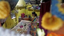 FOTO: Balada Hidup Para Pekerja Seks Kala Pandemi Covid-19